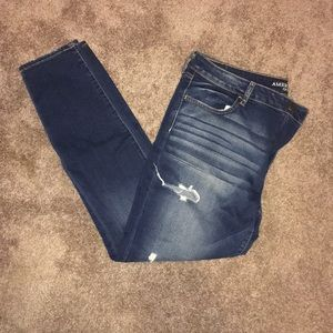 American Eagle ripped jegging